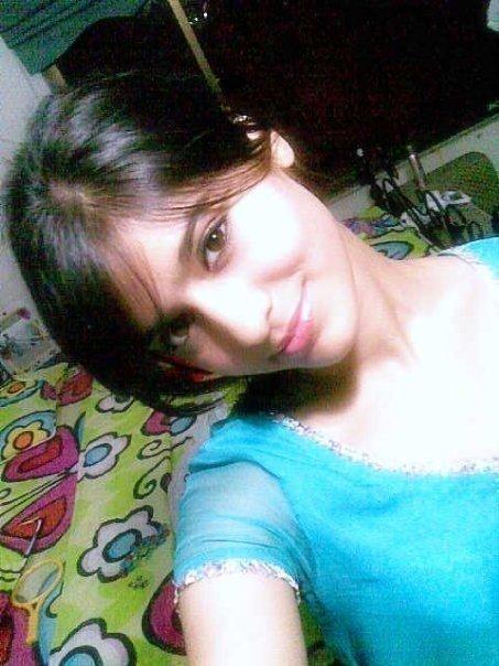 Pakistan girl Pic