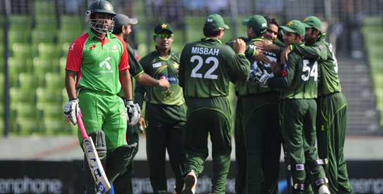 Afridi stars as Pakistan overcome Bangladesh