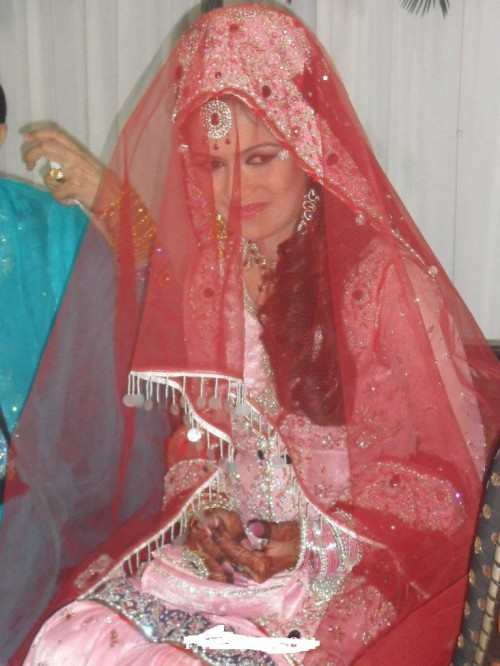 Ayesha Bakhsh Mehndi 500x666 Ayesha Bakhsh Marriage Ceremoney