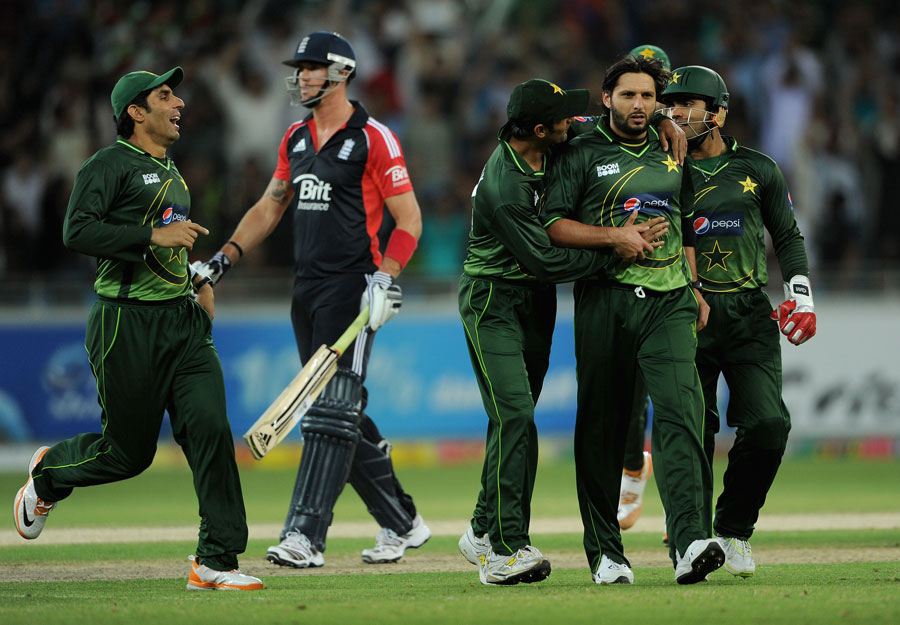 Second T20 Pakistan vs England Scorecard
