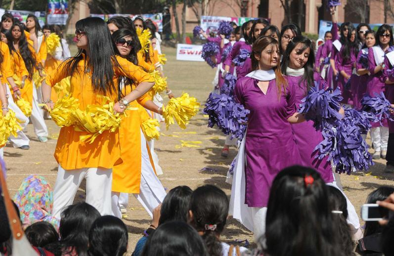 Sports day in kinnaird college for women | LearningAll.com