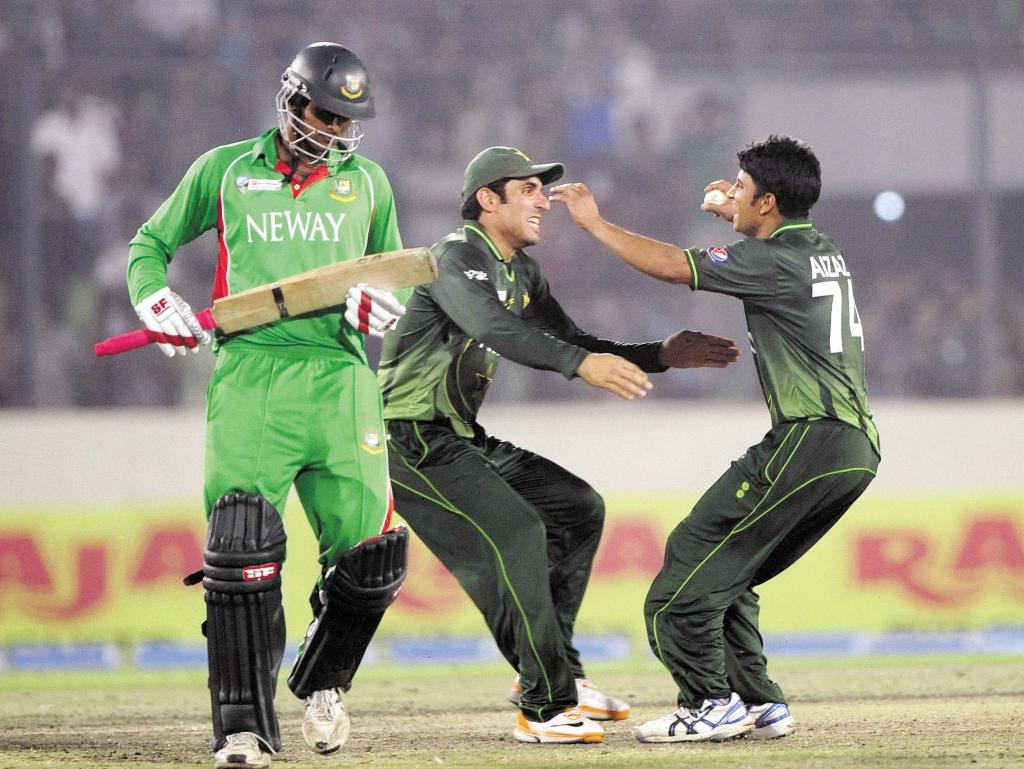 Pakistan Win Asia Cup 2012 By 2 Runs