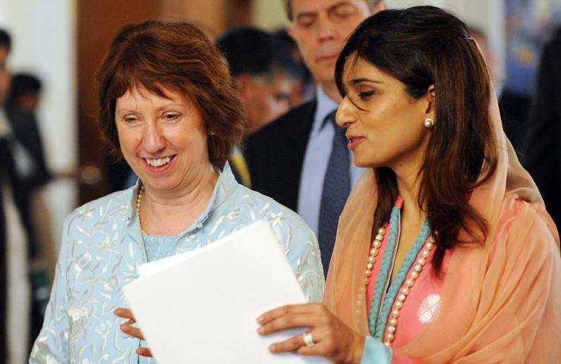 Ministry of Foreign Affairs Hina Rabbani Khar Picture With catherine ashton Hina Rabbani Khar Picture With Catherine Ashton