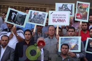 stop killing in burma 300x200 Muslims are killing in burma | Myanmar | Whole Media is Silent