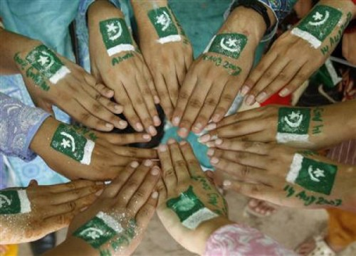 hands with august 2012 pakistan day