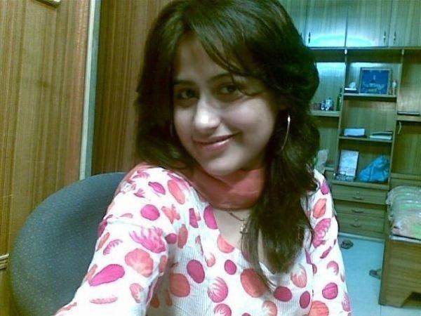 Pakistani student Photo