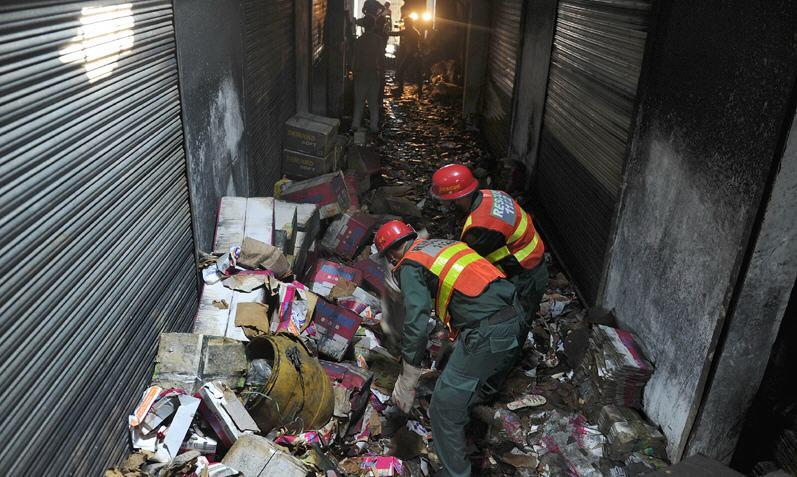 rescue in shoe factory in lahore