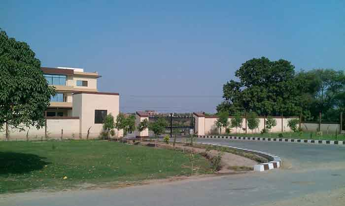 Pakistan-Engineering-Multan-Admission-2013