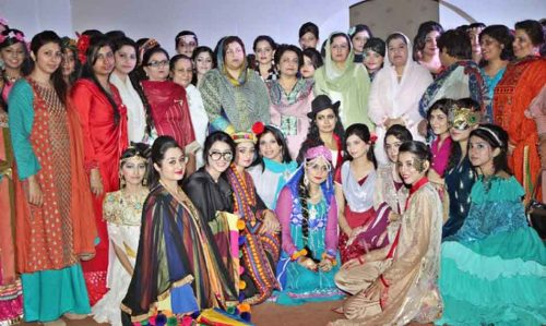 Samia-Kalsoom-Group-Photo