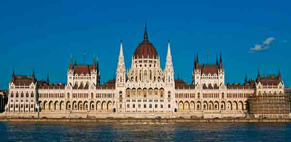 hungary-scholarships