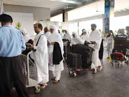 Hajj-Pakistan-going-to-Makkah