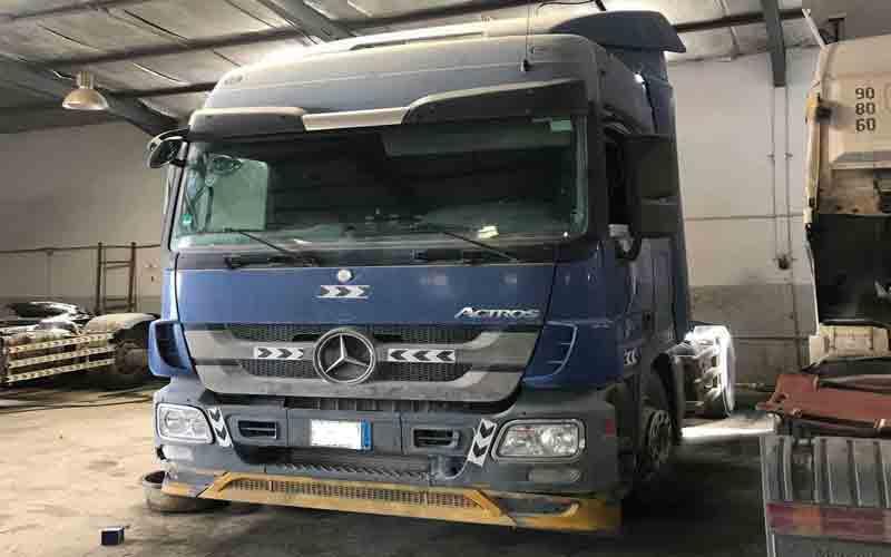Actros-Truck-in-Saudi-Arabia