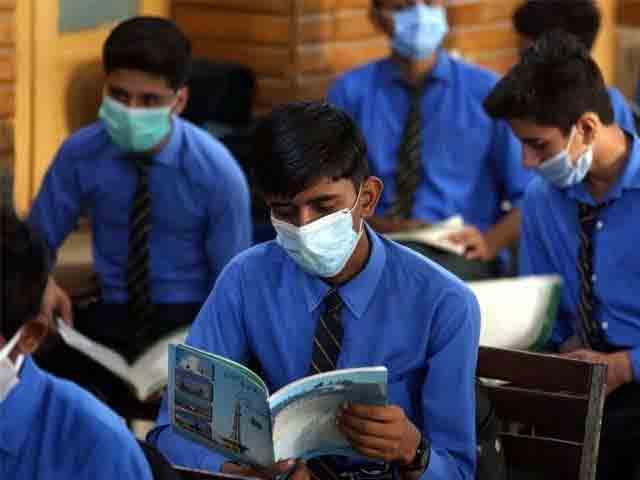 students-class-room-after-corona-virus